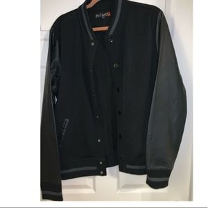 Cool black bomber jacket with leather arms